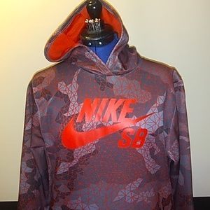Nike Athletic Pullover w/Hood